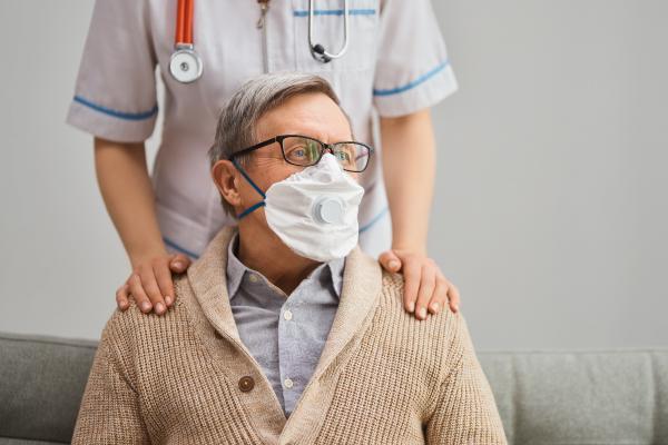 como-afecta-coronavirus-personas-mayores